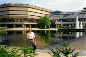 Jesu?s Copeiro en el gigantesco Public Record Office, que alberga los archivos de la administración británica.