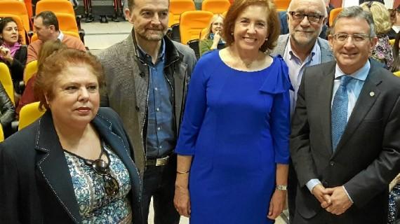 Homenaje en la Universidad de Huelva a la Profesora Doctora Marisa Fernández Serrat del Departamento de Educación