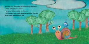 Un caracol es uno de los amigos de Awi.