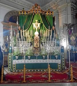 Altar de la Cruz de la Calle Cabo de la Palma.