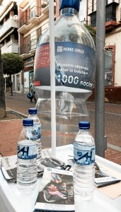 Botellas Stand folletos.