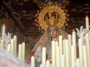 El palio de la Virgen de las Mercedes ha presentado diversos estrenos.