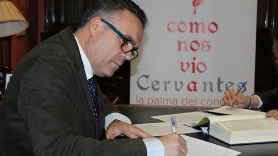 Los vecinos de La Palma del Condado inician la escritura de 'El Quijote'