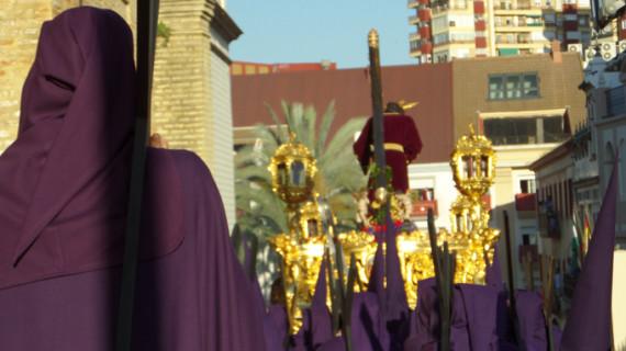 Jesús de la Pasión corona el Martes Santo en la capital onubense