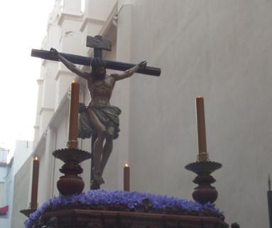 El Señor de la Misericordia trae el silencio de la Madrugá a la tarde del Jueves Santo