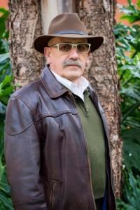 Juan Antonio Guzmán tiene una dilatada trayectoria creativa.