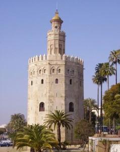 La Torre del Oro es todo un símbolo de Sevilla. / Foto: andalucia.org