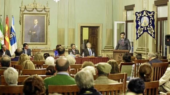 La Hermandad de la Peña de Huelva presenta el cartel y la revista para la romería, que se celebra del 27 de abril al 2 de mayo