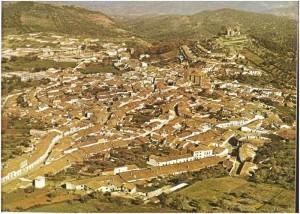 Años ochenta del siglo pasado. Vista general de Cortegana.