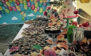 La carta incluye comida oriental: tatakis, tartares y ceviches.