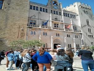 La onubense, en el  Ayuntamiento de Narbona durante una visita por la ciudad con alumnos españoles que estuvieron de intercambio.