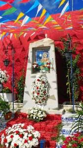Altar levantado en la calle Ribera (1)
