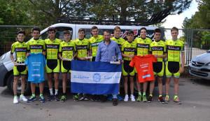 Componentes del equipo bollullero, gran dominador de la XVI Vuelta a Valdepeñas.