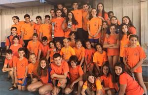 Componentes del Club Natación Huelva en el torneo celebrado en San Fernando.