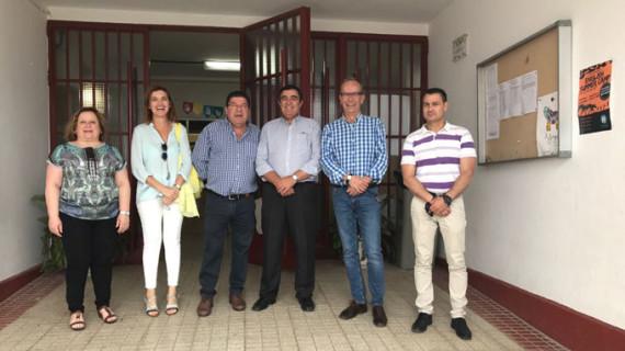 Realizan nuevas obras de mejora y modernización en el colegio Triana de Trigueros