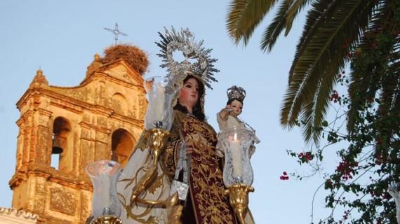 Trigueros celebra el 60 aniversario de la Virgen del Carmen como Patrona de la localidad
