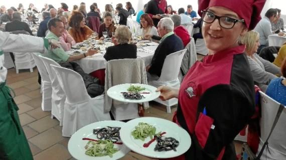 La formación y profesionalidad de la Escuela de Hostelería 'Virgen de Belén', toda una garantía de la calidad de 'Cuesta La Cinta Catering'