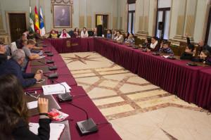 Sesión de trabajo infantil en el Ayuntamiento de Huelva.