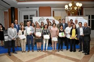 Foto de familia del acto, con todos los nominados, organizadores y autoridades.