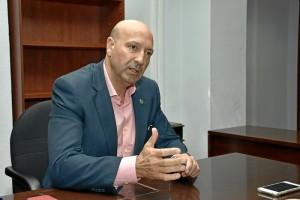 Juan José García Machado pide el voto para su candidatura para convertir la universidad en un referente.