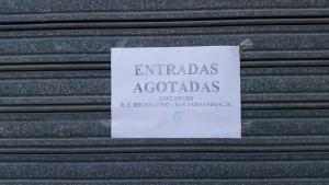 El esperado cartel de 'Entradas agotadas' que auguran un lleno el domingo en el Nuevo Colombino. / Foto: @recreoficial.
