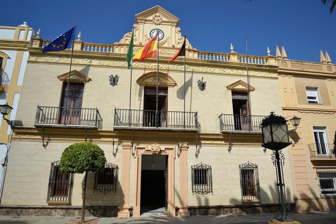 El Ayuntamiento de Ayamonte decreta dos días de luto oficial por la víctima de violencia de género en la localidad