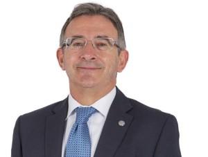 Francisco Ruiz se presenta a la reelección a Rector de la Universidad de Huelva.