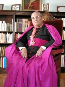 Don Ignacio Noguer Carmona, Obispo de Guadix y, más tarde, de la Diócesis onubense.
