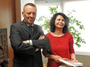 Un momento del encuentro que el Luis Manuel Bejarano ha mantenido la secretaria de Estado de Turismo, Matilde Pastora Asián.