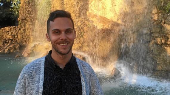 El onubense Estéfano Rodríguez cumple su deseo de convertirse en docente trabajando como lector de español en Niza