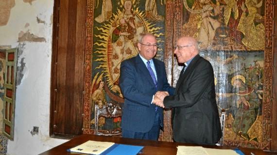 Un convenio permite la restauración del comulgatorio del Monasterio de Santa Clara de Moguer, uno de los más singulares de Andalucía