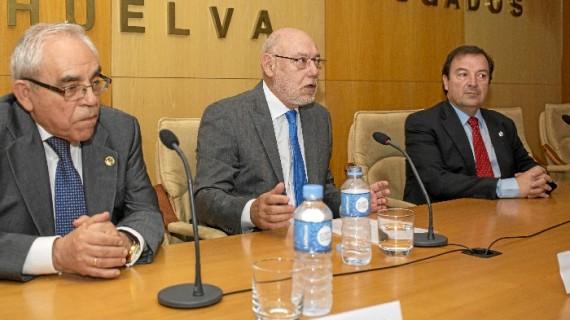 El Fiscal General del Estado participa en unas jornadas del Colegio de Abogados de Huelva