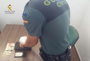 Droga incautada en la operación por la Guardia Civil.