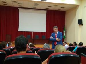 Reunión de Francisco Ruiz, con el personal del PDI.