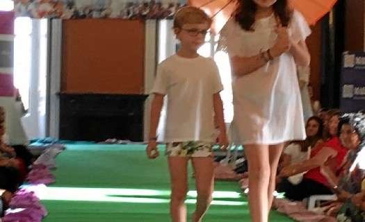 Éxito del Desfile de Moda Infantil de Madre Coraje