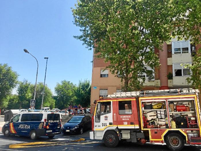 El incendio ha tenido lugar en un edificio situado en la calle Gonzalo de Berceo número 24 de la capital, en la barriada de La Orden.