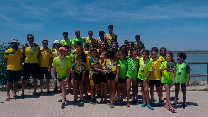 Representantes del Club Piragüismo Tartessos Huelva en el Campeonato de Andalucía de Medio Maratón.