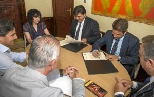 El logo de 'Huelva, Capital Española de la Gastronomía' se incorporará a toda la gama de productos de la marca Eureka.