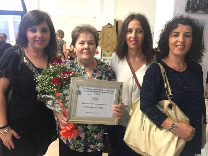 ACFA dedica un sentido homenaje a la moguereña Rocío Márquez por toda una vida dedicada a los demás
