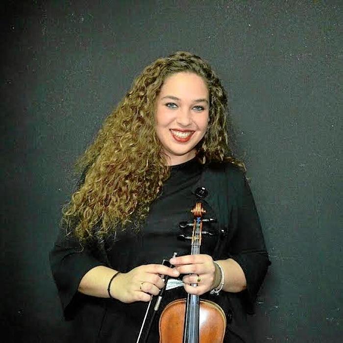 La violinista onubense Claudia Alcántara.