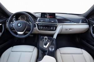 Interior del BMW 316 Berlina Advantage.