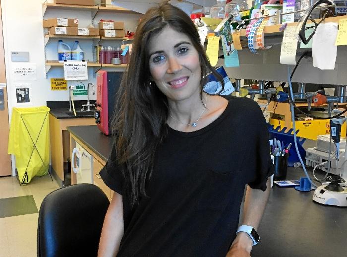 La investigadora almonteña Cristina Mesa trabaja en el desarrollode terapia génica como tratamiento de una enfermedad rara