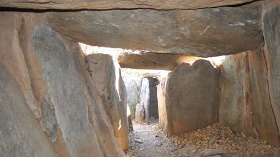 Ofrecen visitas guiadas gratuitas al casco urbano de Zalamea y los dólmenes de El Pozuelo
