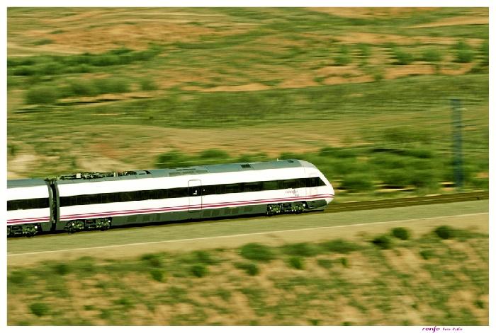 Renfe ofrece este verano 90.000 plazas para viajar en los trenes de Alta Velocidad-Larga Distancia que unen Madrid y Huelva.