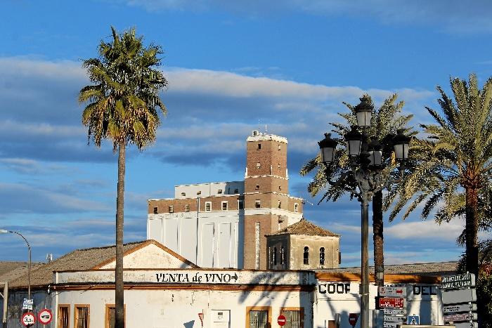 Una imagen del silo de La Palma del Condado.