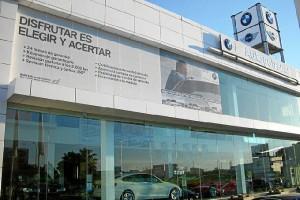 Imagen exterior del concesionario oficial BMW en Huelva, Autogotransa.