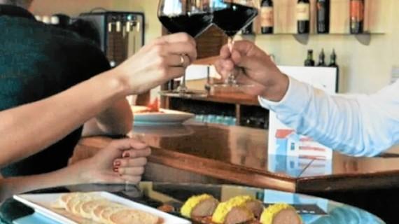 Cocina tradicional en fusión con la cocina creativa más contemporánea en Isla Cristina, un lugar ideal donde disfrutar de la gastronomía