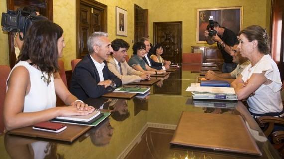 Acuerdo para poner en marcha el proyecto del Banco de España de Huelva