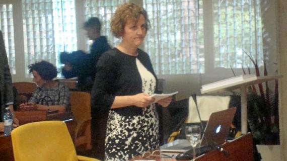 La periodista Felicidad Mendoza prepara un libro de su tesis sobre Ponce Bernal, reconocida con el Premio Extraordinario de Doctorado
