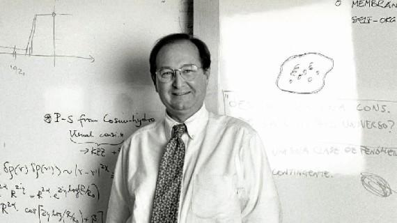 Juan Pérez Mercader, premio AIQBE al fomento y desarrollo de la Ciencia